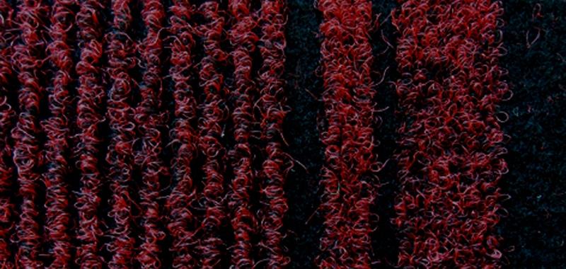 geldofrugs-malaga-fire-red1188B3E8-D9B5-0B2D-6411-11BA0345A2A8.jpg